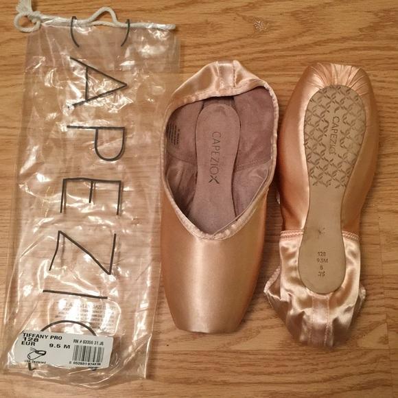 Brand New Capezio Tiffany Pro Pointe Shoes NWT